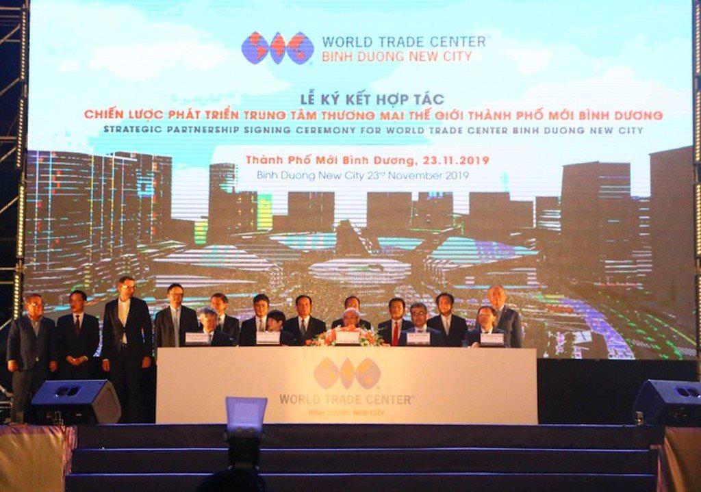 Ký kết hợp tác với các đối tác để phát triển Trung tâm thương mại thế giới Bình Dương